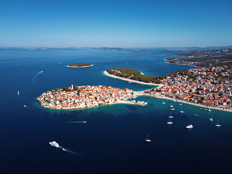 Island「Aerial panorama of marina and resort adriatic town Primosten, Croatia.」:スマホ壁紙(18)
