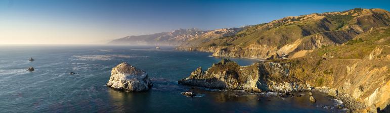 Big Sur「Aerial Panorama of Big Sur, California」:スマホ壁紙(4)