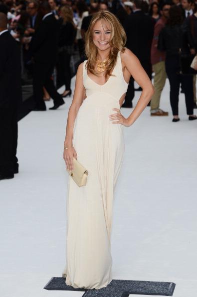 Cut Out Dress「'Total Recall' - UK Film Premiere」:写真・画像(18)[壁紙.com]