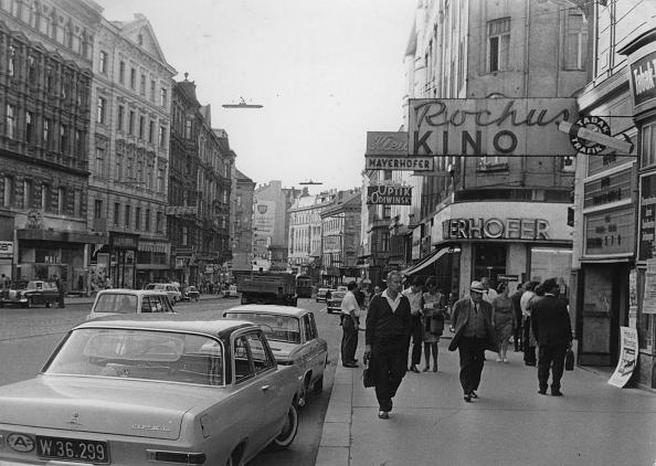 Architectural Feature「The Rochus Cinema And The Landstrasser Hauptstrasse. Vienna 3. Landstrasse. July 1968. Photograph.」:写真・画像(0)[壁紙.com]