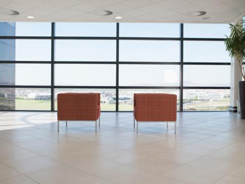 Armchair「Chairs in office lobby」:スマホ壁紙(13)