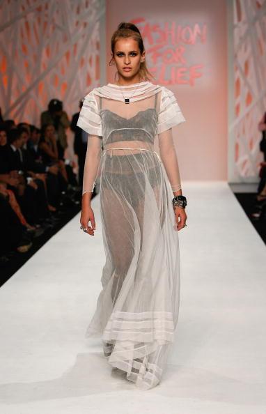Transparent「Fashion For Relief - LFW Spring Summer 2009 - Runway」:写真・画像(3)[壁紙.com]