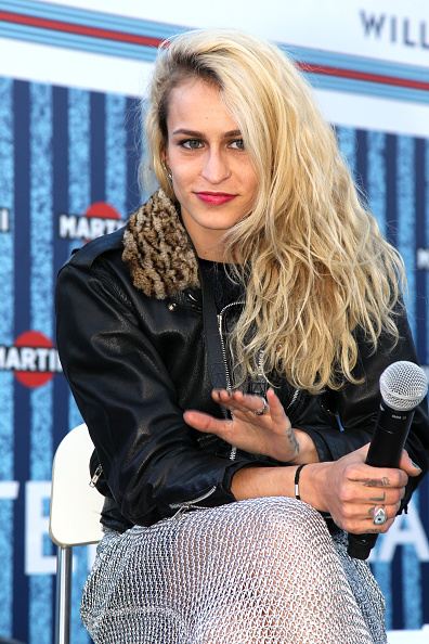 Alice Dellal「Martini Terrace Inauguration in Barcelona」:写真・画像(4)[壁紙.com]
