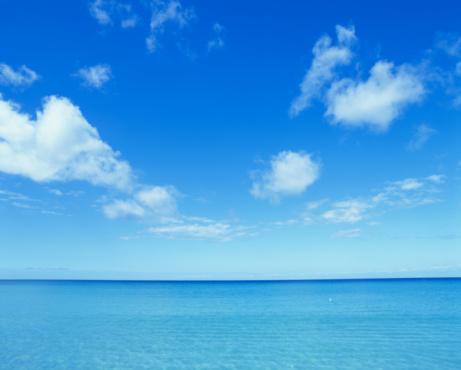 Sea「Cloudy sky over ocean」:スマホ壁紙(19)