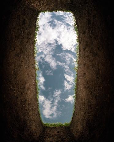 Looking Up「Cloudy sky seen from bottom of grave (Digital Enhancement)」:スマホ壁紙(19)