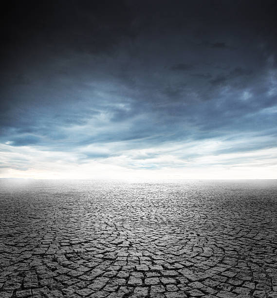 Cloudy sky and empty stone floor:スマホ壁紙(壁紙.com)
