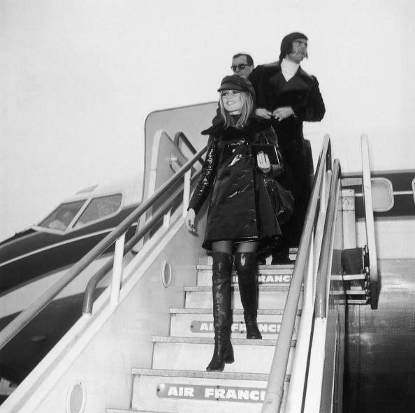 Coat - Garment「Bardot Arrives In London」:写真・画像(17)[壁紙.com]