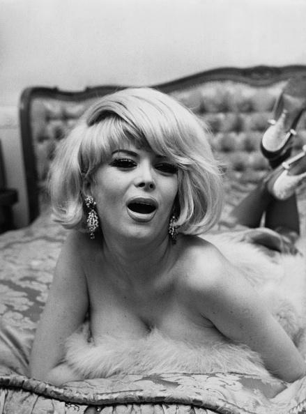 女性歌手「Coccinelle」:写真・画像(8)[壁紙.com]
