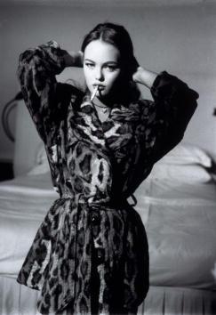 寝室「Vanessa Paradis」:写真・画像(4)[壁紙.com]