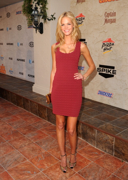 "Form Fitted Dress「Spike TV's 5th Annual 2011 ""Guys Choice"" Awards - Red Carpet」:写真・画像(9)[壁紙.com]"