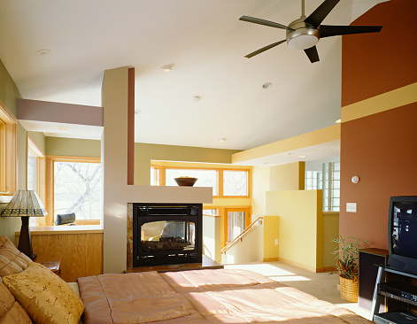 Ceiling Fan「Bedroom with Fireplace at Top of Stairway」:スマホ壁紙(17)