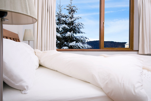 Ski Resort「bedroom with scenery」:スマホ壁紙(13)