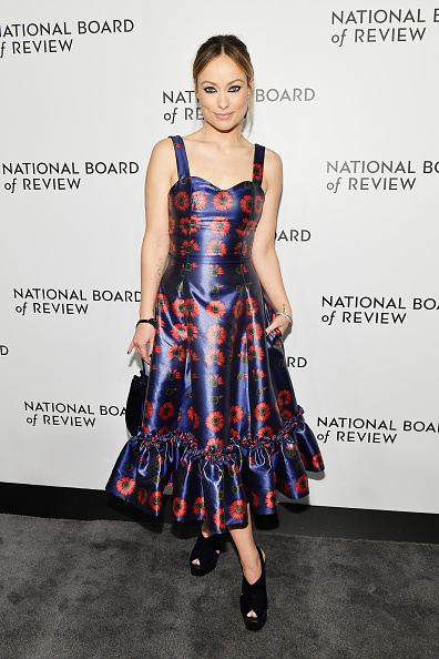 Looking Over「The National Board Of Review Annual Awards Gala - Arrivals」:写真・画像(14)[壁紙.com]