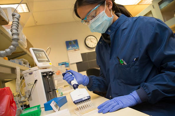 Scientist「University Of Washington Medicine Tests Blood Of Recovered COVID-19 Patients For Antibodies」:写真・画像(16)[壁紙.com]