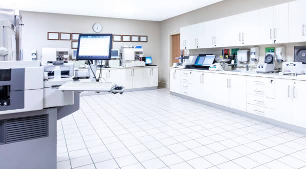 Medical laboratory and machinery, COVID-19:スマホ壁紙(壁紙.com)