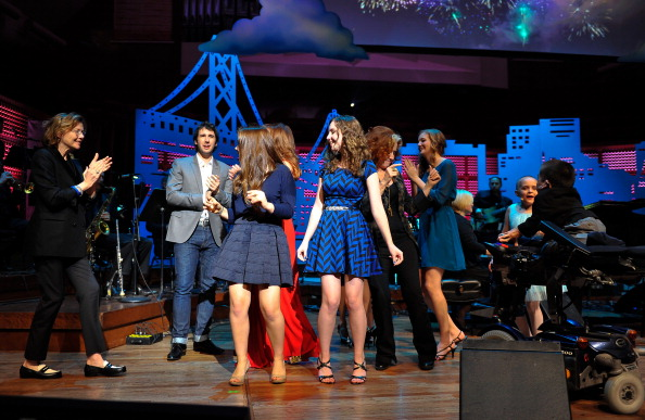 Stage - Performance Space「UCSF Medical Center And The Painted Turtle Present A Starry Evening Of Music, Comedy & Surprises」:写真・画像(5)[壁紙.com]