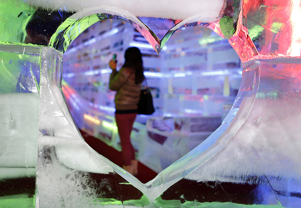 ハート型「Renowned Ice Sculptors Create 'Fantasy Ice World'」:写真・画像(8)[壁紙.com]