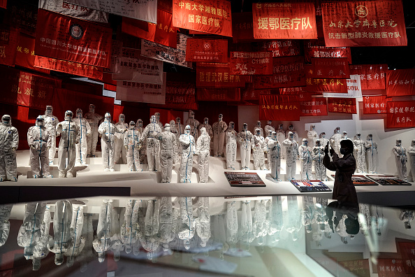 Exhibition「Wuhan Holds Special Exhibition On Fighting Against Coronavirus」:写真・画像(6)[壁紙.com]