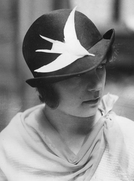 Feather「Victorian Hat」:写真・画像(18)[壁紙.com]