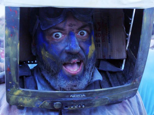 ベストショット「Flour Wars Mark The End Of Carnival In Greece」:写真・画像(2)[壁紙.com]