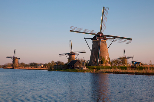 Netherlands「Windmills at Dusk」:スマホ壁紙(11)
