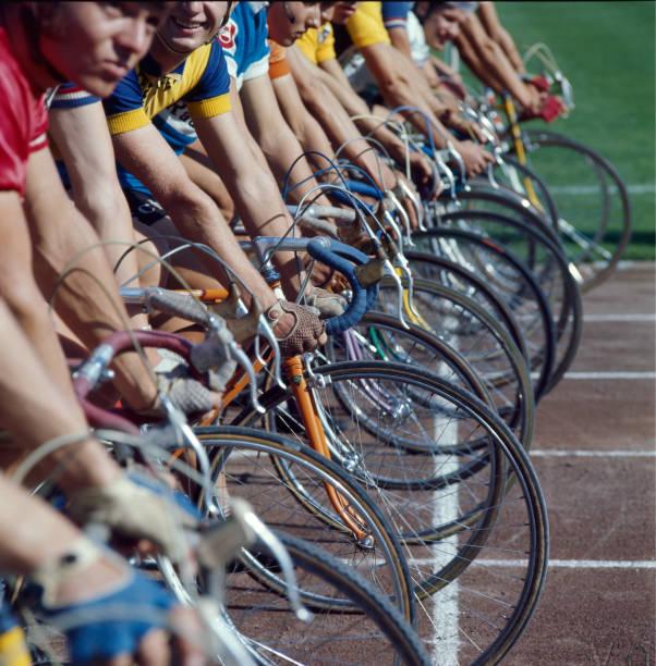 Start cycling:ニュース(壁紙.com)