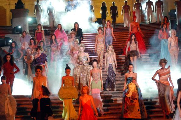 Franco Origlia「Gai Mattiolo Show Fashion Week」:写真・画像(8)[壁紙.com]
