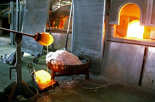 Glass Factory「Murano glassmaker」:スマホ壁紙(16)