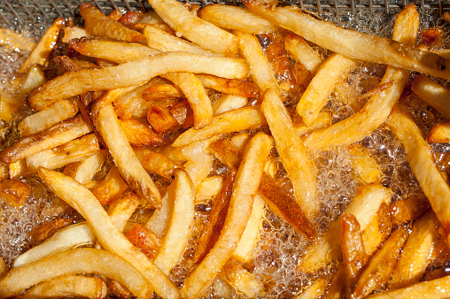 Fat - Nutrient「Fast food french fries cooking in fryer」:スマホ壁紙(19)