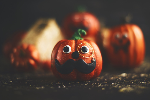 Eyesight「Pumpkin character with mustache and monocle」:スマホ壁紙(16)