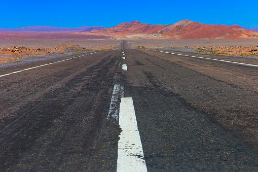 Bolivian Andes「Highway asphalt Road to Atacama Desert  – dramatic volcanic landscape –  Chile」:スマホ壁紙(12)