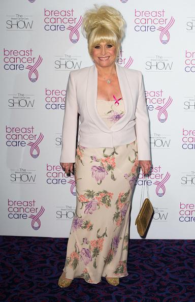 Breast「Breast Cancer Care Fashion Show」:写真・画像(6)[壁紙.com]