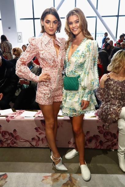 Emerald Green「Zimmermann - Front Row - February 2018 - New York Fashion Week: The Shows」:写真・画像(7)[壁紙.com]