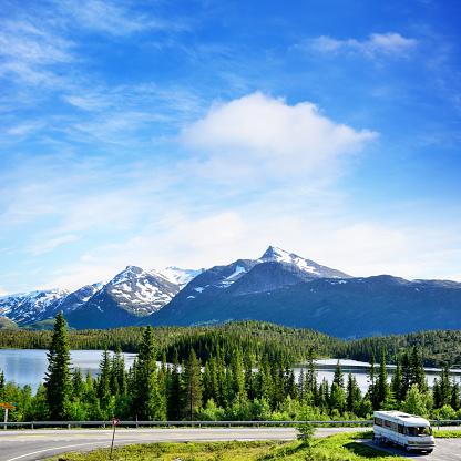 Steep「Litle Luktvatnet lake, Norway」:スマホ壁紙(5)