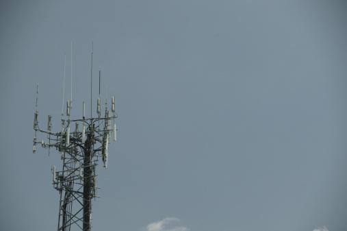 Receiving「Cellular tower」:スマホ壁紙(16)