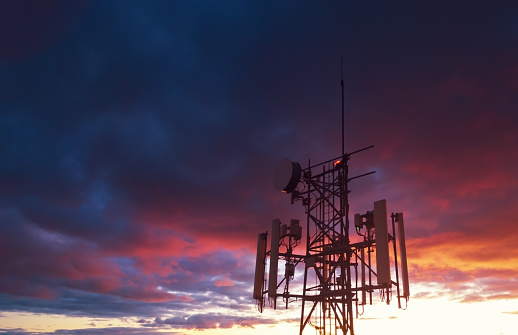 Communications Tower「Cellular Tower」:スマホ壁紙(1)