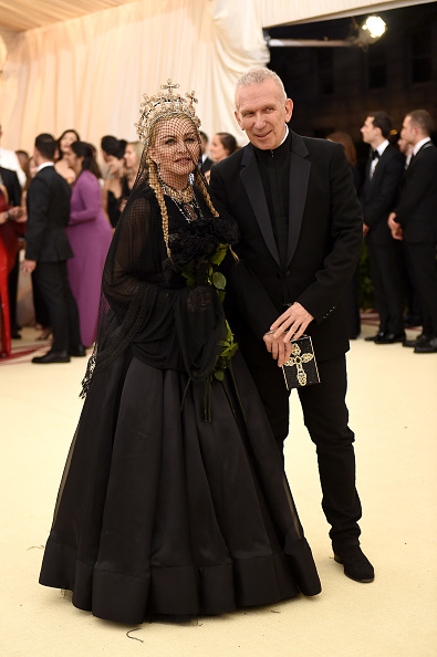 Virgin Mary「Heavenly Bodies: Fashion & The Catholic Imagination Costume Institute Gala - Arrivals」:写真・画像(15)[壁紙.com]