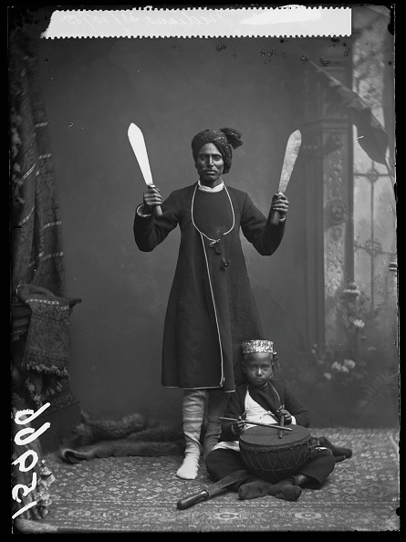 Indian Subcontinent Ethnicity「Indian Juggler」:写真・画像(4)[壁紙.com]