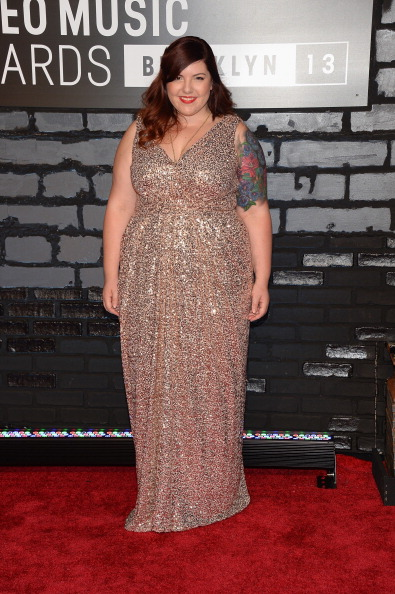 Flared Dress「2013 MTV Video Music Awards - Arrivals」:写真・画像(14)[壁紙.com]