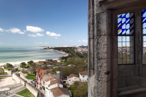 Nouvelle-Aquitaine「La Rochelle's coast seen from Tour de la Lanterne」:スマホ壁紙(14)
