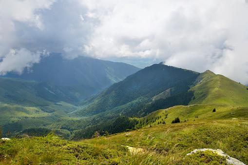 Steep「Stara Planina mountain view」:スマホ壁紙(12)