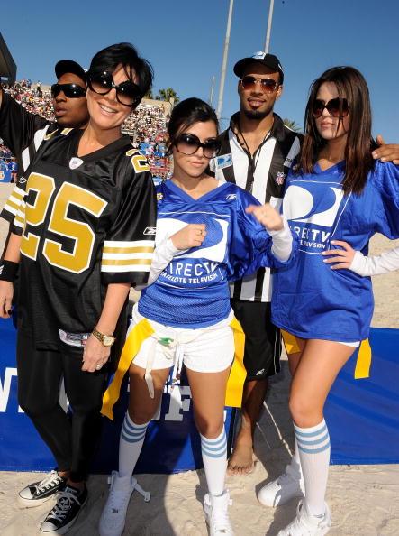 American Football Field「DIRECTV's 3rd Annual Celebrity Beach Bowl - Inside」:写真・画像(2)[壁紙.com]