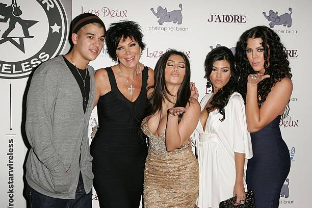 Kim Kardashian Celebrates Her Birthday At Les Deux - Arrivals:ニュース(壁紙.com)