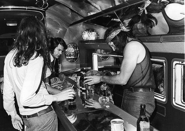 Rock - Object「Inflight bar on Led Zeppelin private jet」:写真・画像(12)[壁紙.com]