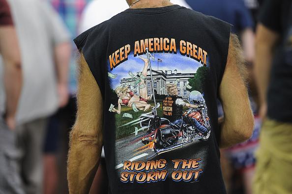 "MAGA「President Trump Holds ""MAGA"" Rally In Evansville, Indiana」:写真・画像(11)[壁紙.com]"