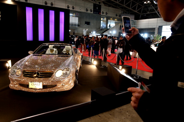 Swarovski「Tokyo Auto Salon 2014」:写真・画像(2)[壁紙.com]