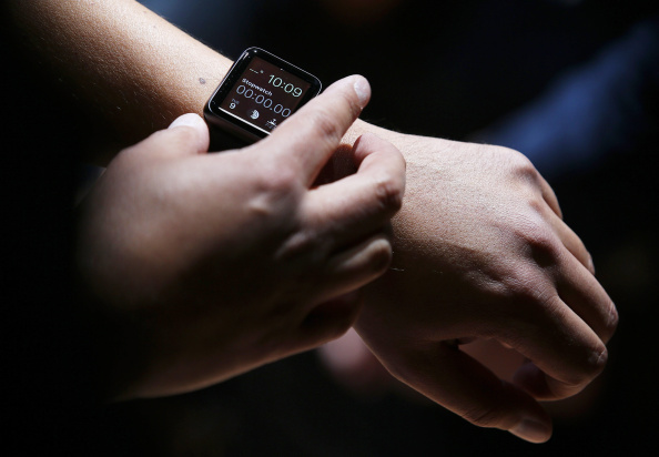 Apple Watch「Apple Unveils iPhone 6」:写真・画像(5)[壁紙.com]