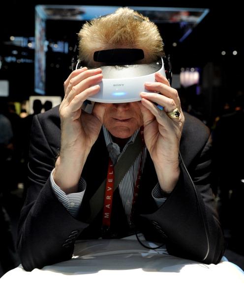 Optical Instrument「2013 Consumer Electronics Show Highlights Newest Technology」:写真・画像(3)[壁紙.com]