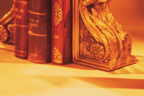 Bookend「Books on bookshelf」:スマホ壁紙(14)