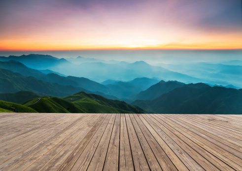 静かな情景「日の出」:スマホ壁紙(17)